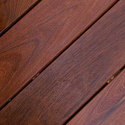 tarima exterior de madera natural ipe brasileño
